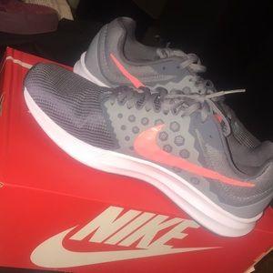 Nike women's downshifter